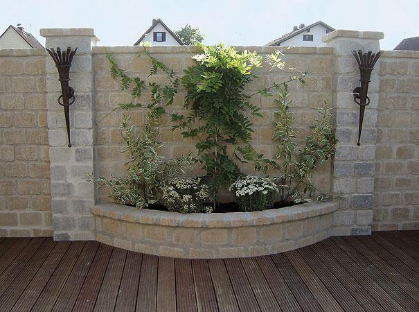 Weissenböck támfal, kerítéselem, növényedény